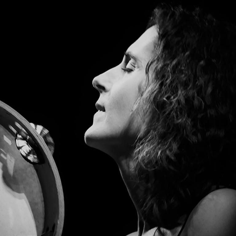 Pandora Producciones - Fundos Forum - 2021 - Vanesa Muela (Folk Castellano)