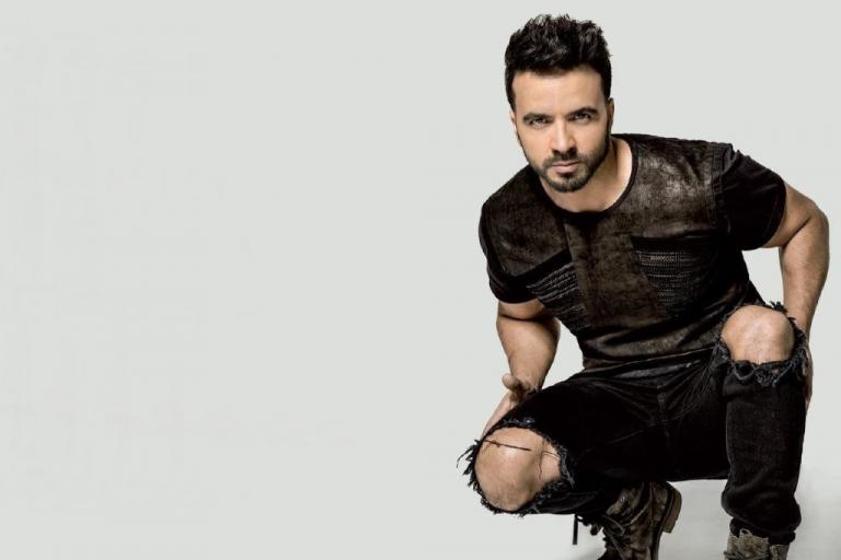 Pandora Producciones - Luis Fonsi actuará en Arroyo de la Encomienda el 28 de Junio presentando su nueva Gira 'VIDA WORLD TOUR'