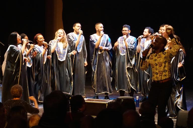 Pandora Producciones - La musica gospel de coro soul Connection y Naviland, el musical llenarán de ilusión y color la navidad en el Auditorio Ciudad de León