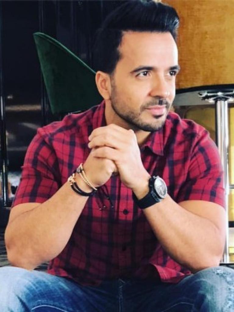 Luis Fonsi, uno de los artistas latinoamericanos más populares del momento desembarcará en Castilla y León el próximo 10 de Julio