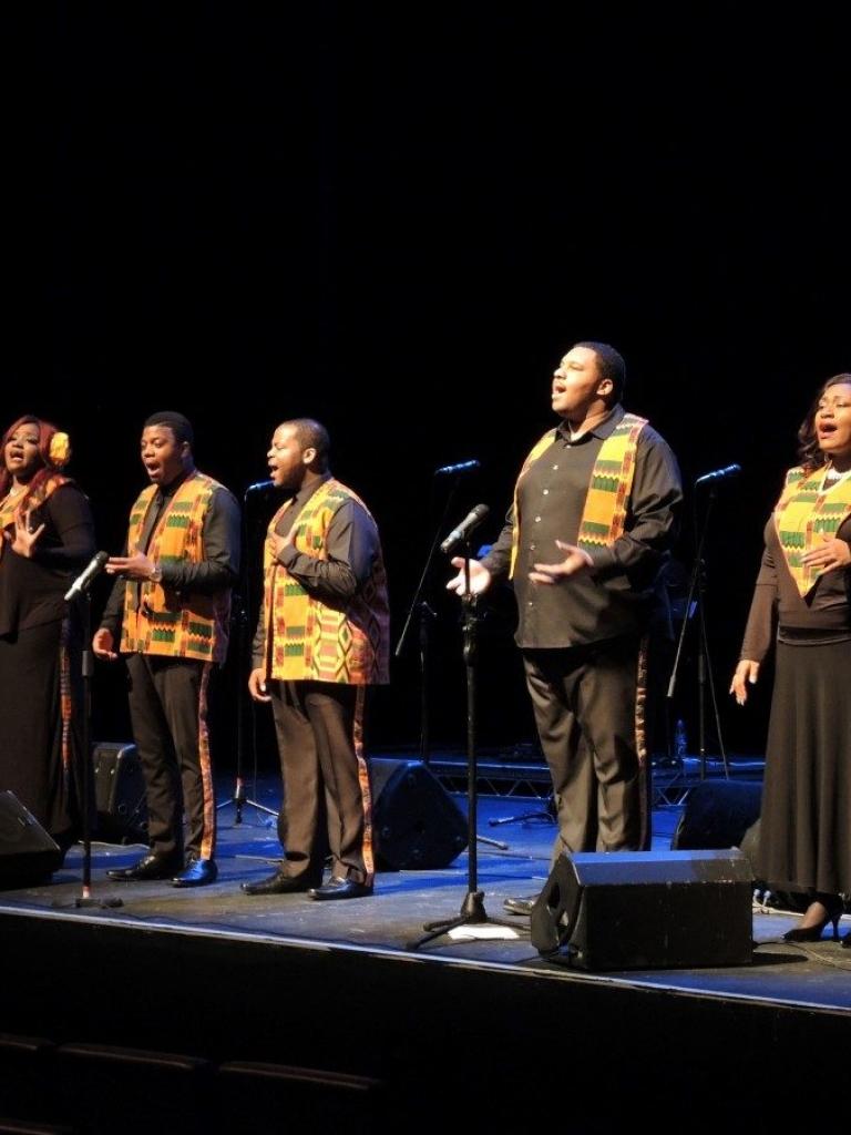 """Pandora Producciones - Harlem Gospel Choir """"Tour Homenaje a Adele"""" - Vigo - Pontevedra - 2016"""