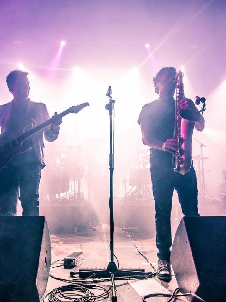 Pandora Producciones - Tributo a Dire Straits - Brothers in Bands